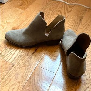 Lucky brand bootie taupe/gray birtie2 size 7.5